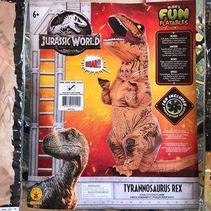Inflatable Tyrannosaurus / T-Rex costume (child)